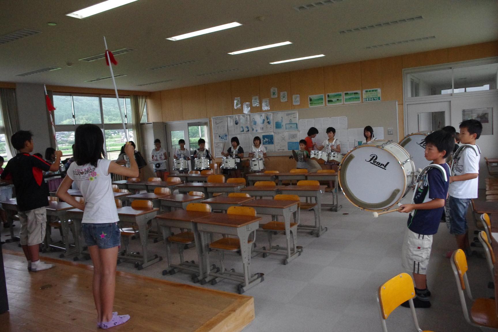 小学校の音楽練習